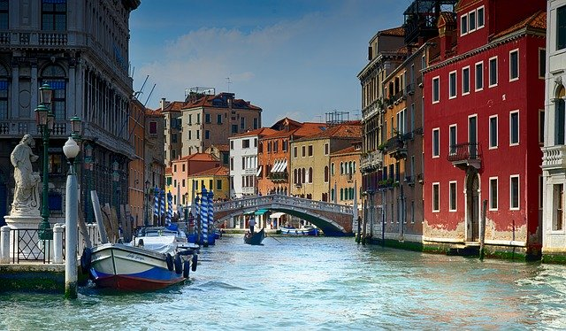 Velencei látkép - ebben a városban játszódik a cselekmény egy része